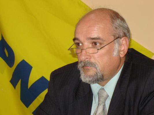 Deputatul Aurel Niculae: Filipescu, comportament de mitocan