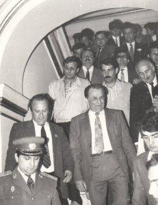1990 - Ion Iliescu, Jean Neagu, Mitişor, Mîţu, Tăut