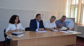 """Președintele Consiliului Județean Călărași, Vasile Iliuță, s-a întâlnit cu șefii de secții din Spitalul Județean de Urgență: """"Sănătatea va rămâne domeniul prioritar pentru Consiliul Județean Călărași"""""""