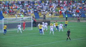 Pandemia trage fotbalul pe tușă